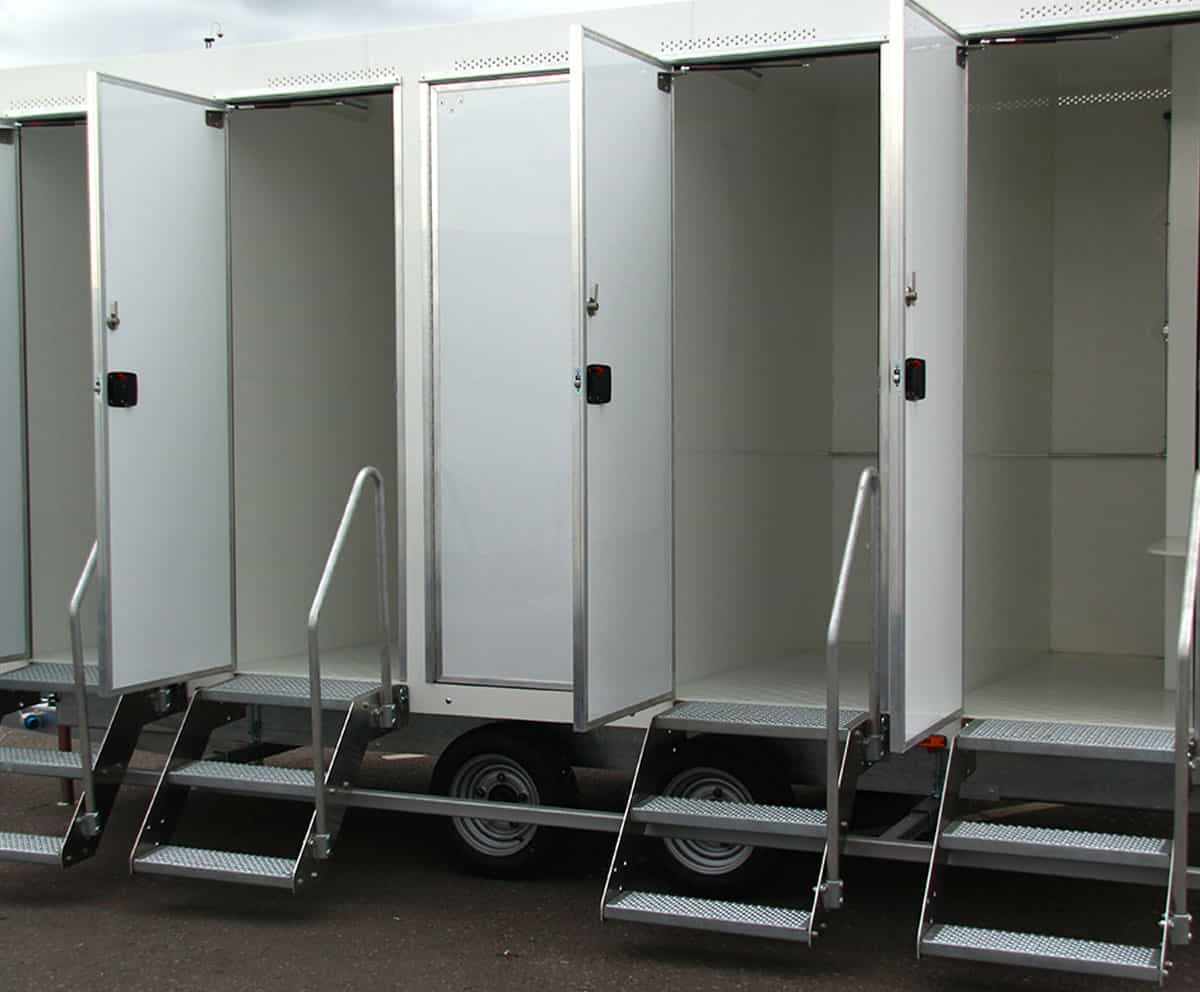 portable shower hire